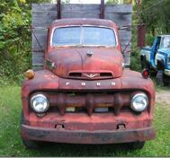 1952 Ford F6 Truck